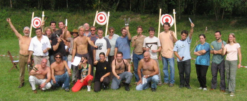 Knife Throwers at the event in Bayonne 2004